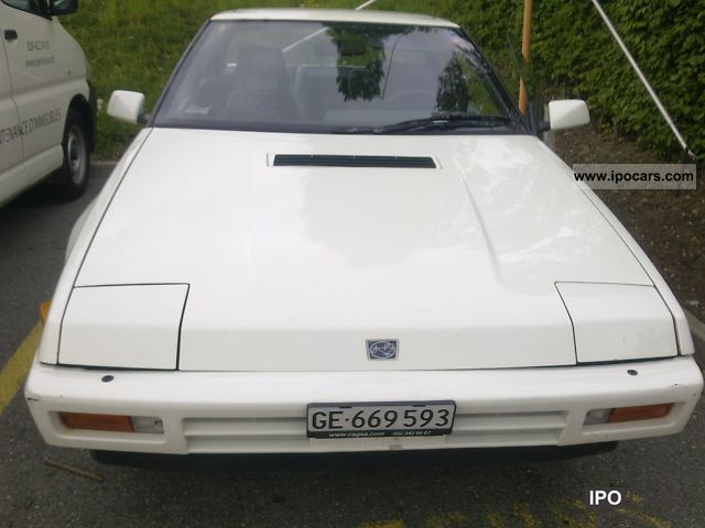 SUBARU XT 4WD red