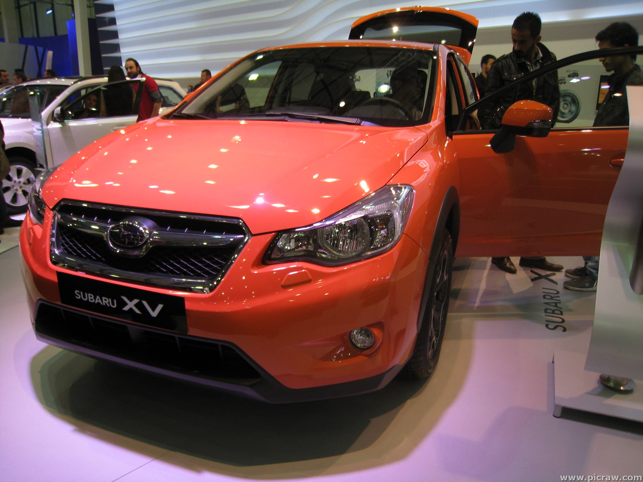 SUBARU XV red
