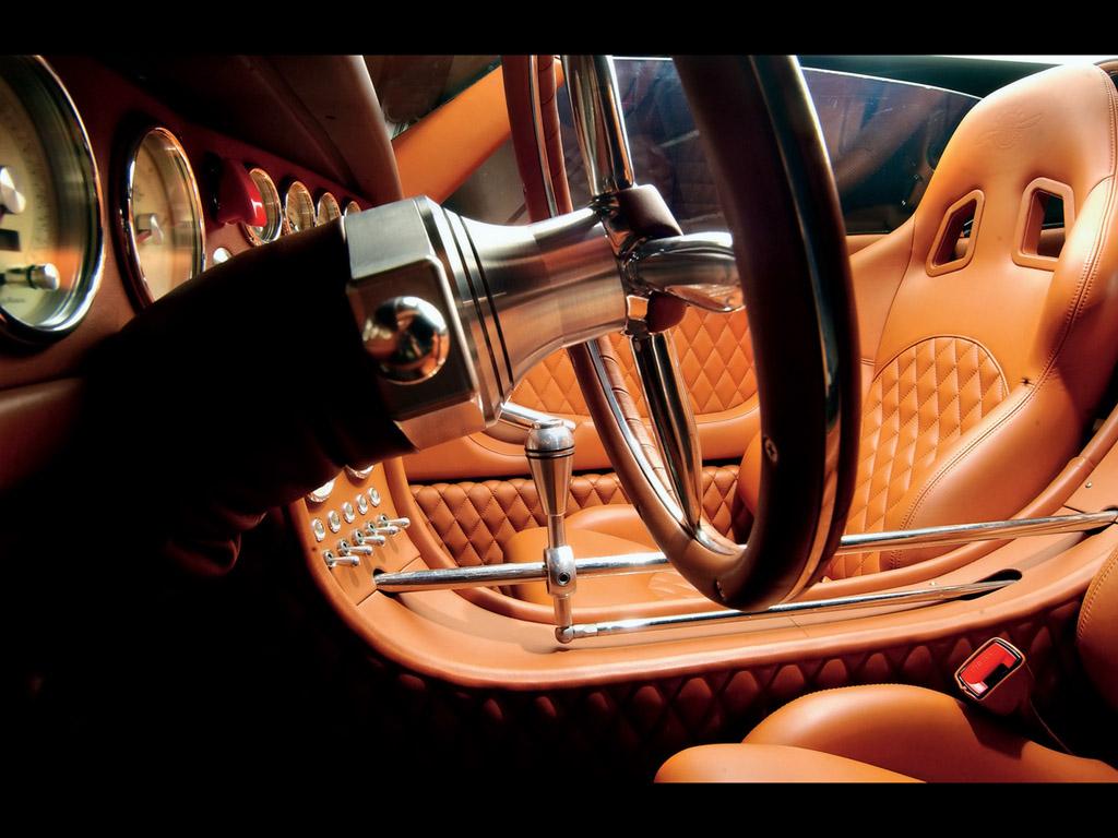 SUZUKI SV650 interior
