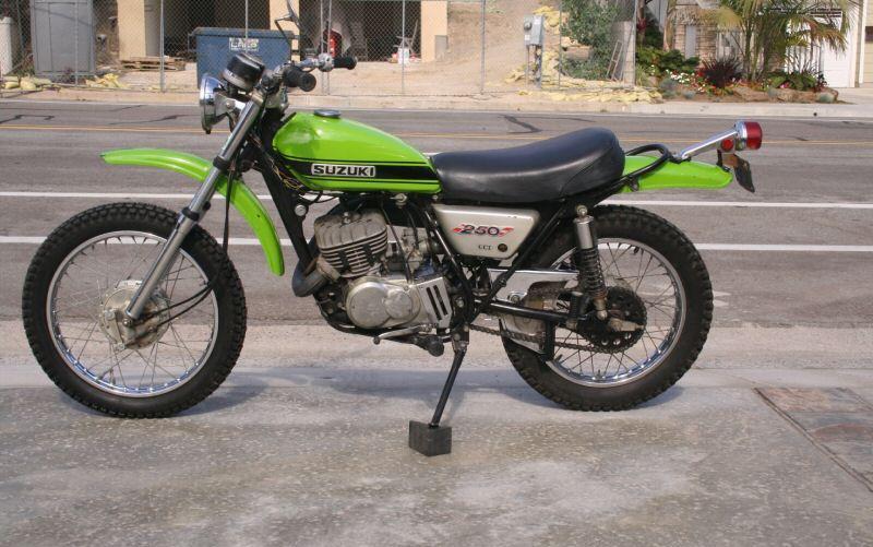 SUZUKI TS 125 green