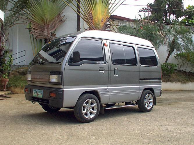 Suzuki small van