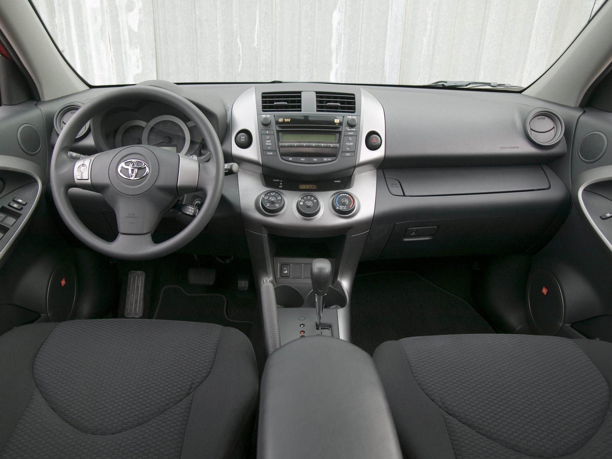 TOYOTA 4 RAV interior
