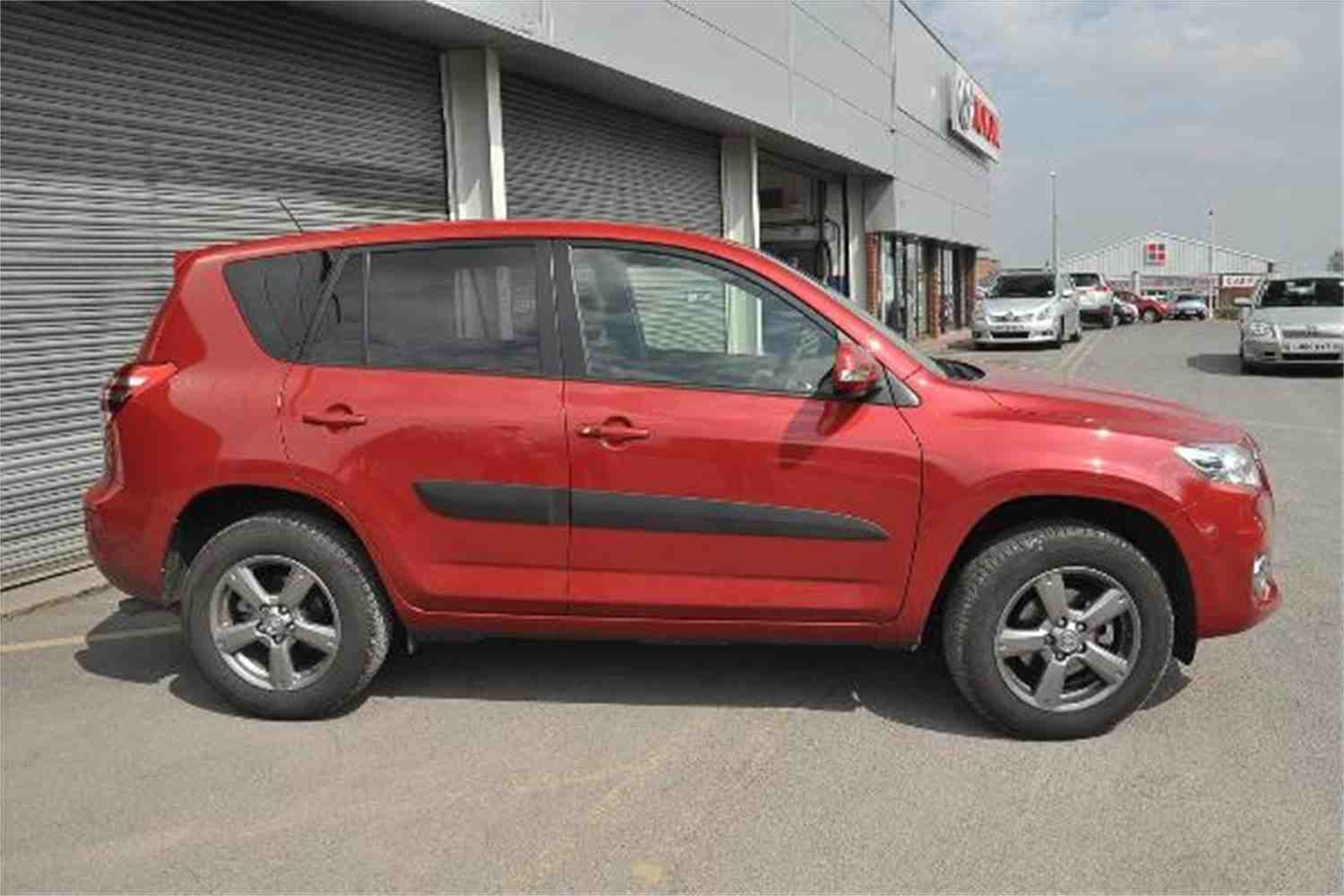 TOYOTA 4 RAV red