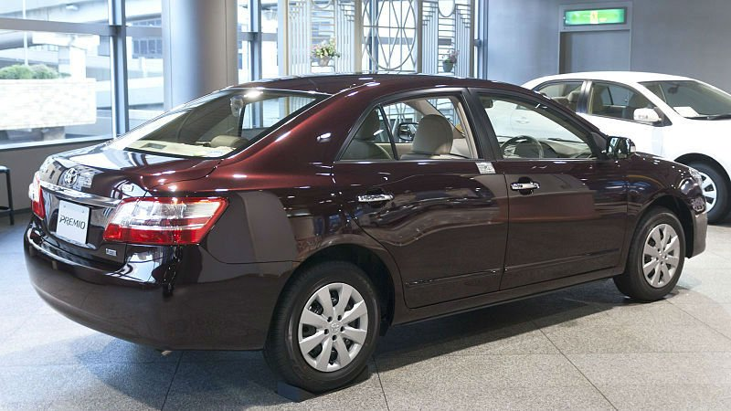 TOYOTA ALLION 1.5 red