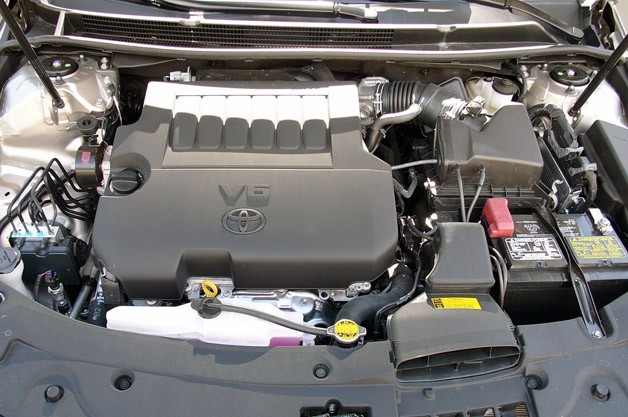TOYOTA AVALON engine