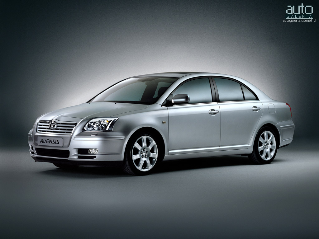 TOYOTA AVENSIS silver