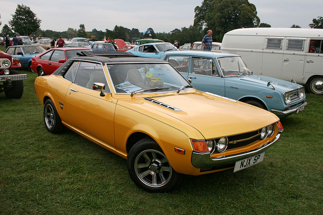 TOYOTA CELICA brown