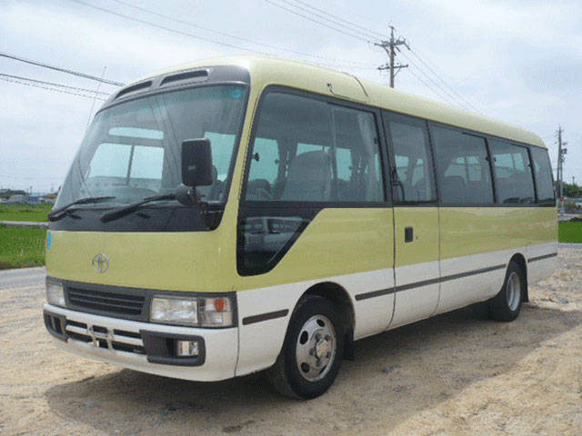 TOYOTA COASTER green