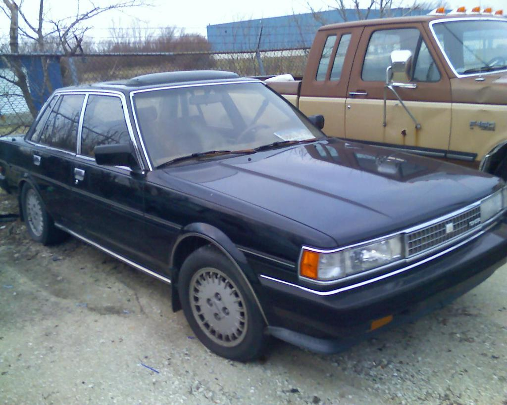 TOYOTA CRESSIDA 2.4 engine
