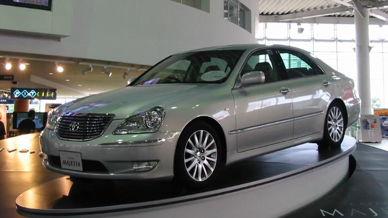 TOYOTA CROWN silver