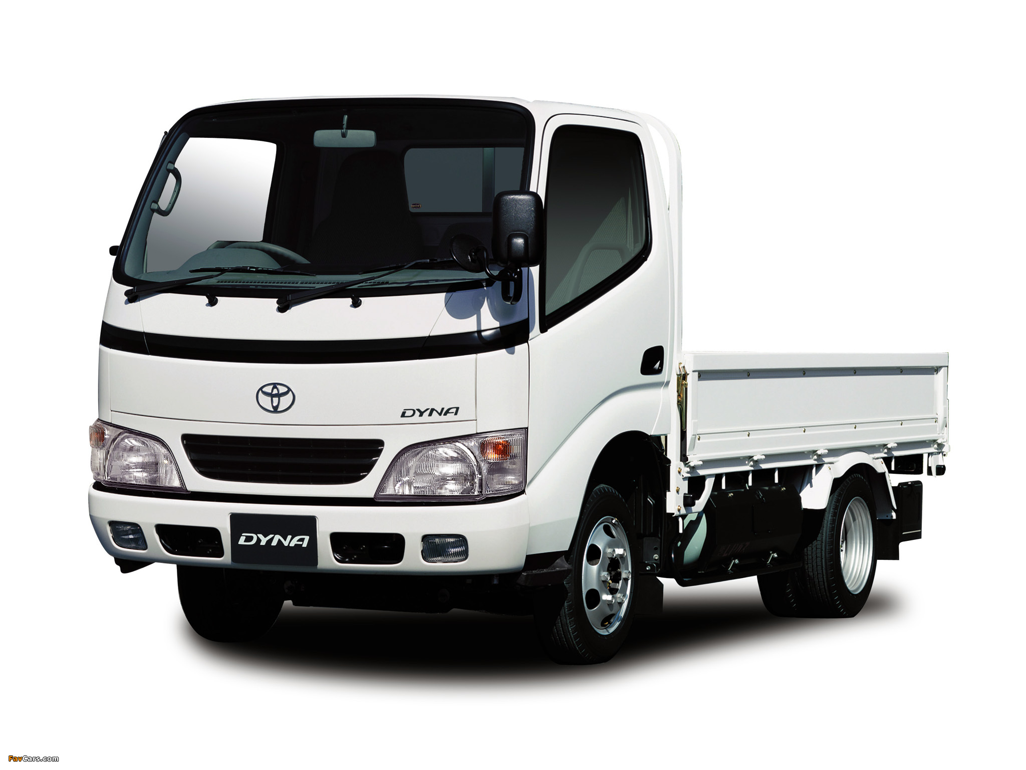TOYOTA DYNA - Review and photos