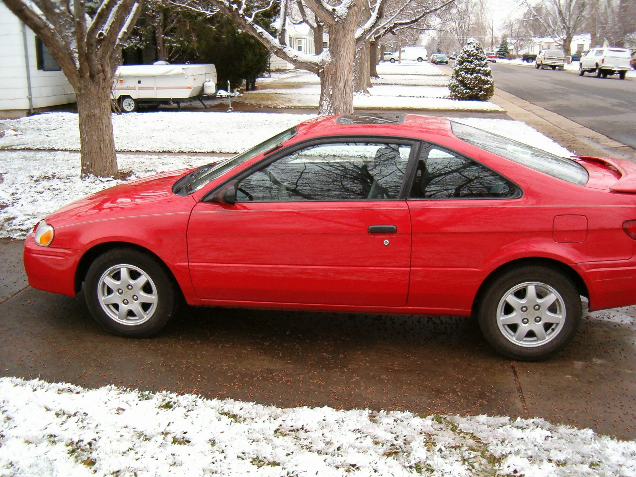 TOYOTA PASEO red