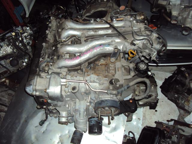 TOYOTA PREVIA engine