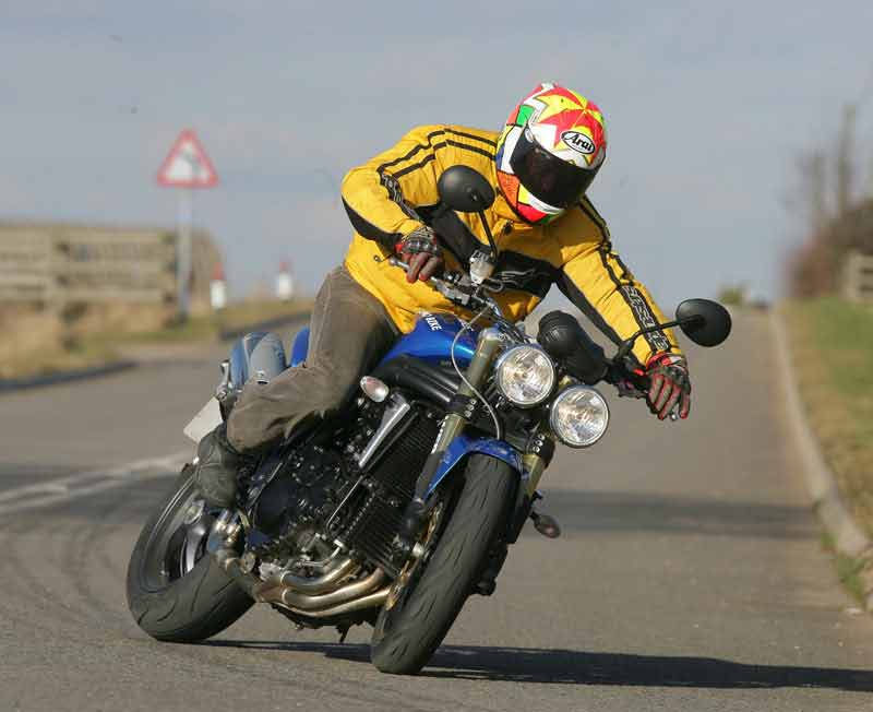triumph 1050 speed triple