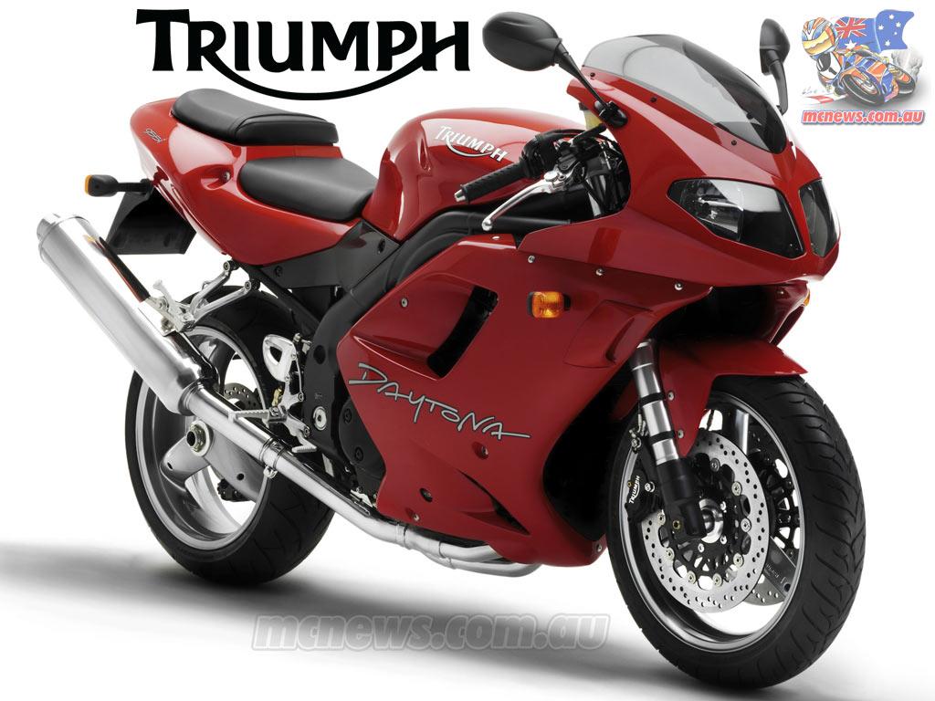 TRIUMPH DAYTONA 955I red