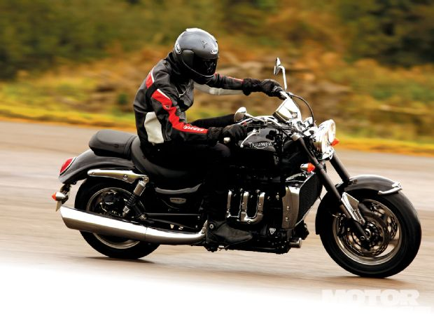 TRIUMPH ROCKET brown