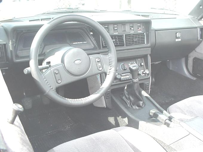 TRIUMPH TR7 interior