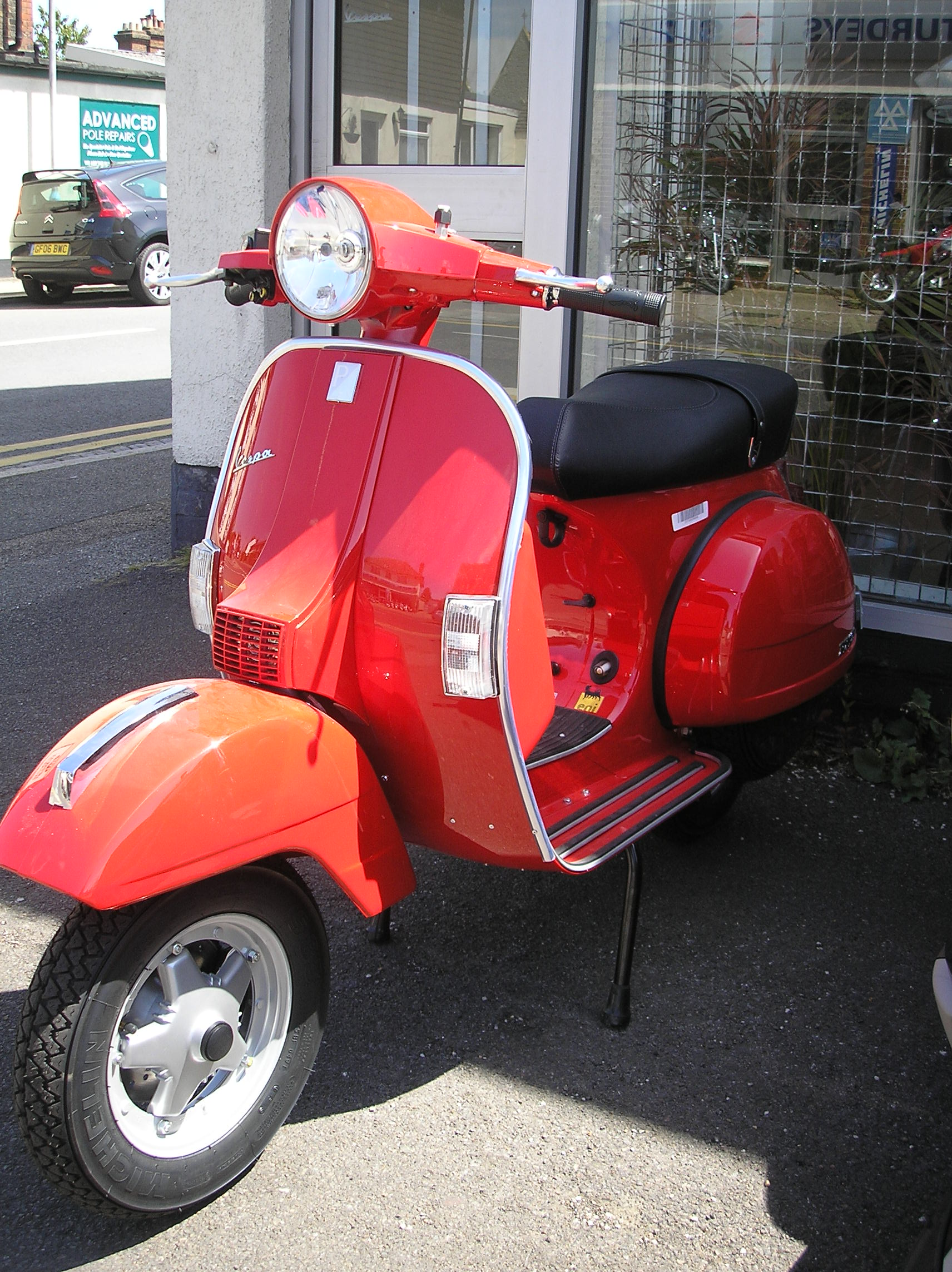 VESPA PX 125 red