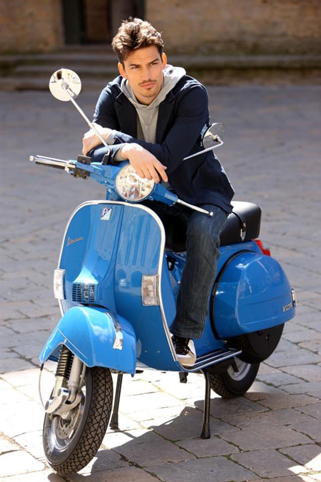 VESPA PX blue