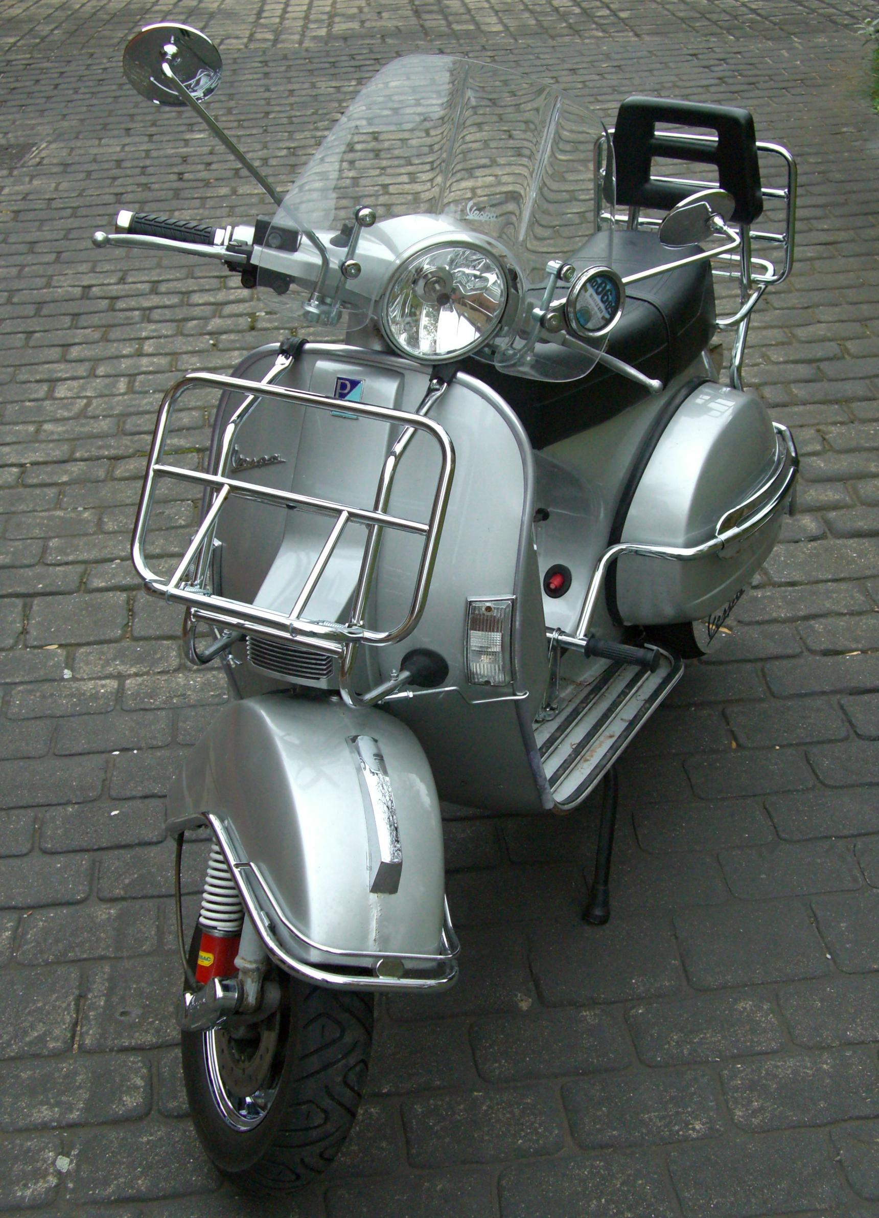 VESPA PX silver