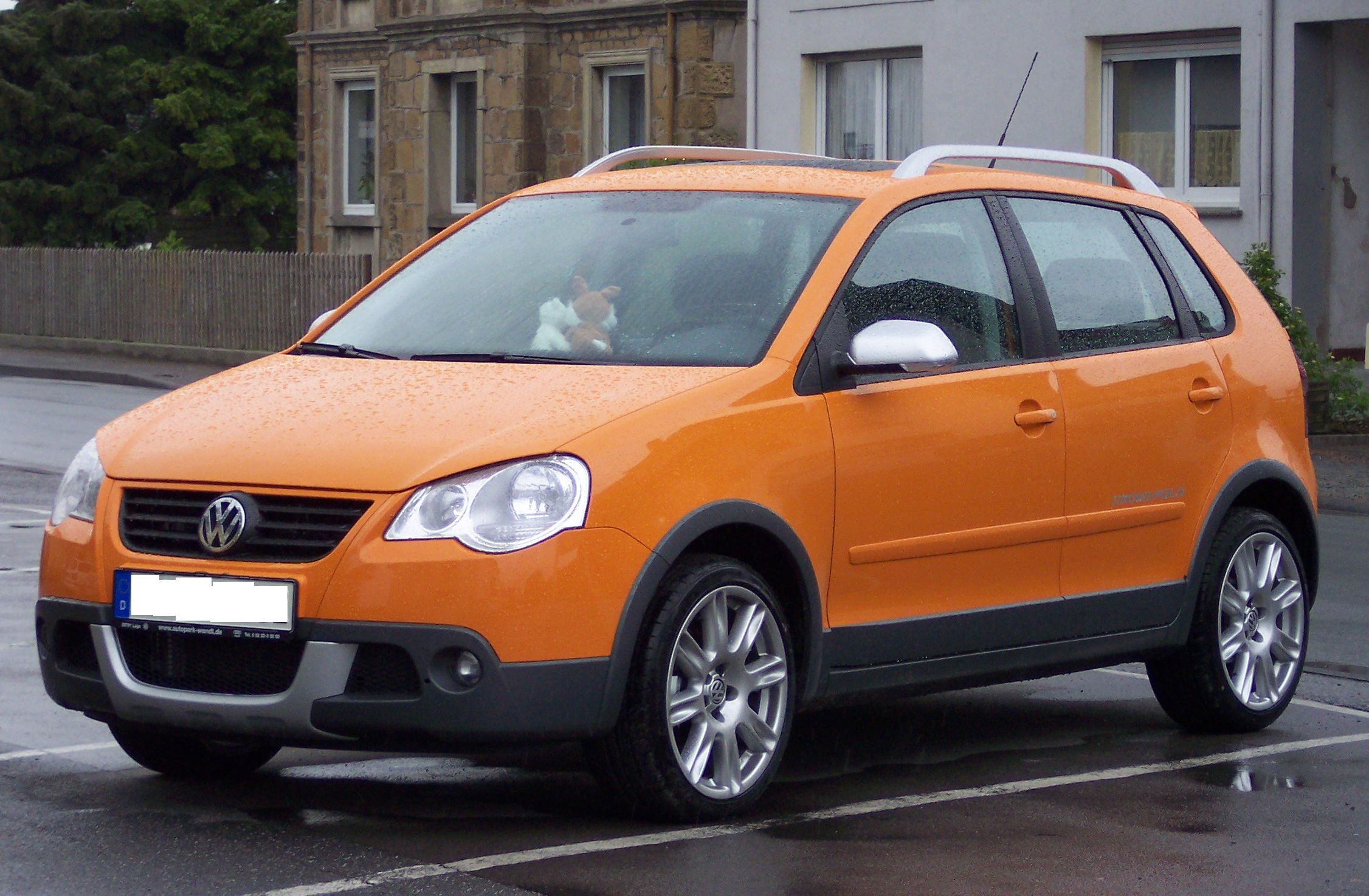 volkswagen polo review and photos. Black Bedroom Furniture Sets. Home Design Ideas