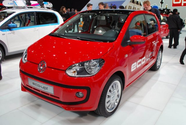VOLKSWAGEN ECO-UP red