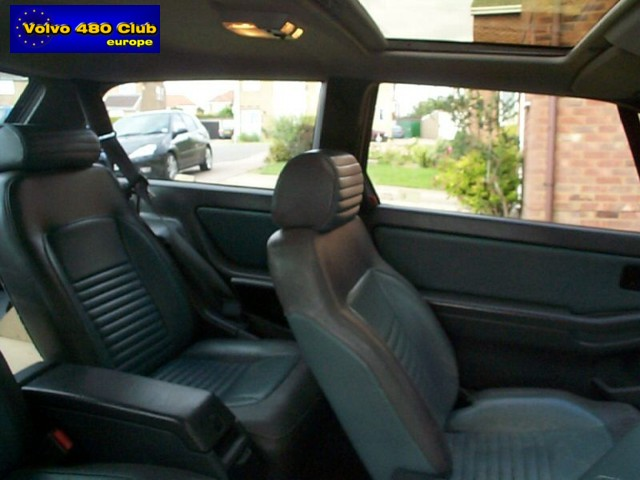 VOLVO 480 interior