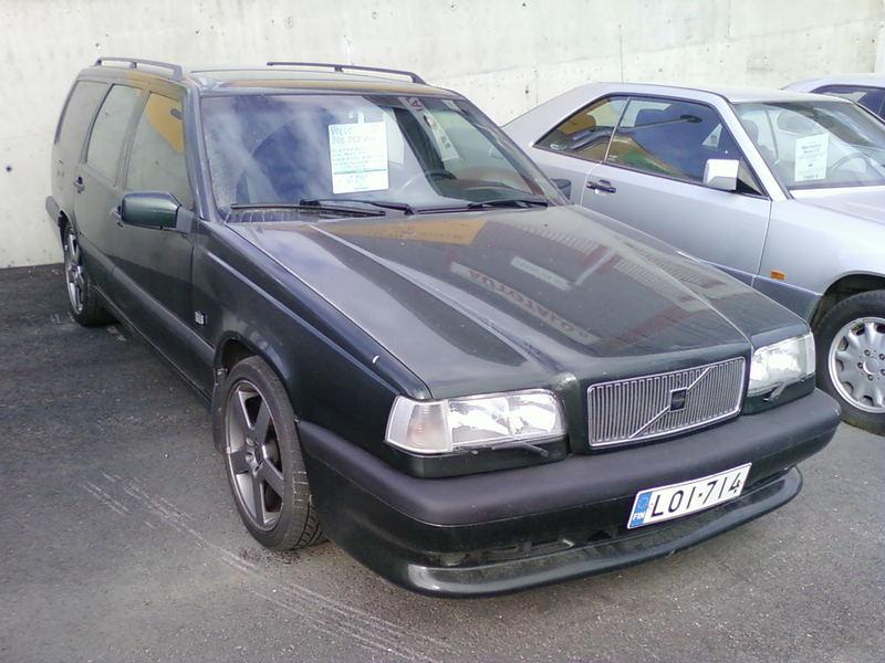 VOLVO 850 2.0 green