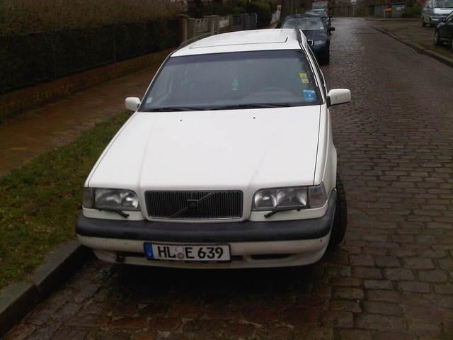 VOLVO 850 2.0 white