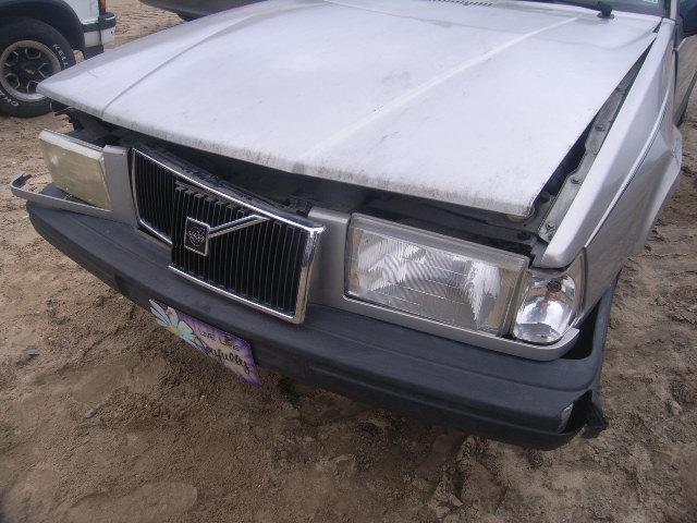 VOLVO 940 silver
