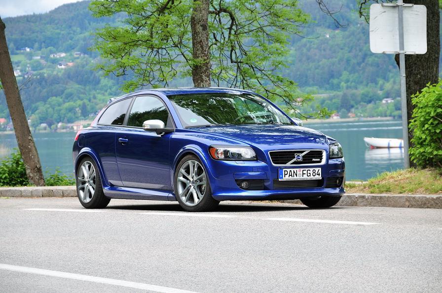 VOLVO C30 blue