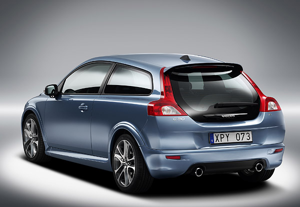 VOLVO C30 red