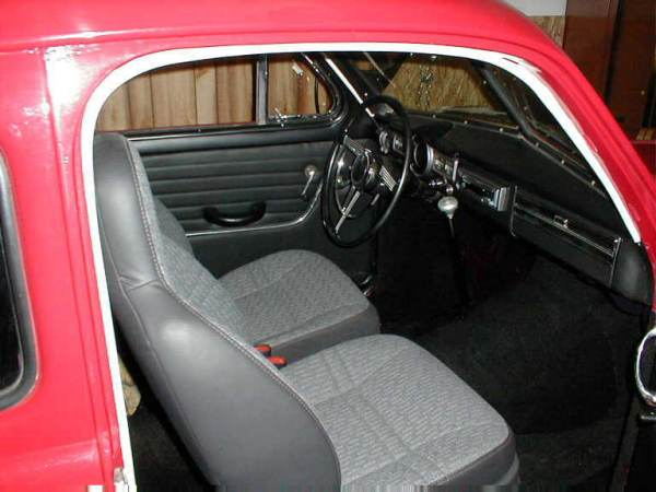 VOLVO DUETT interior