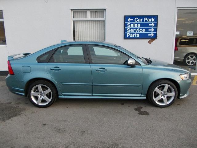 VOLVO S40 blue