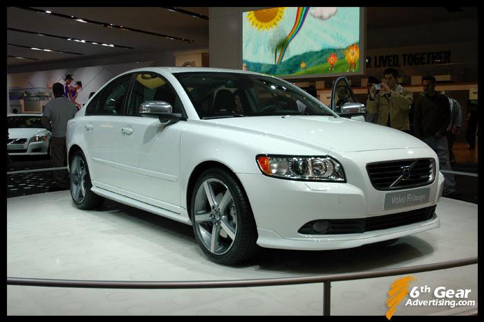 VOLVO S40 white