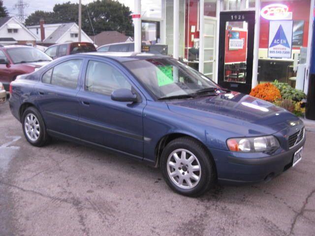 VOLVO S60 blue
