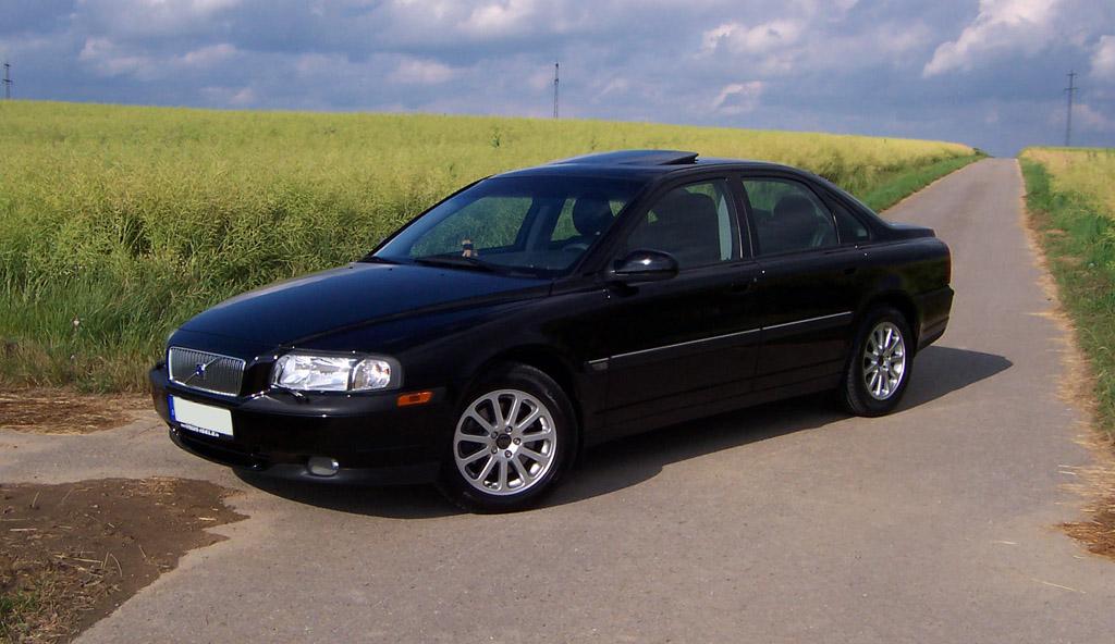 VOLVO S80 black