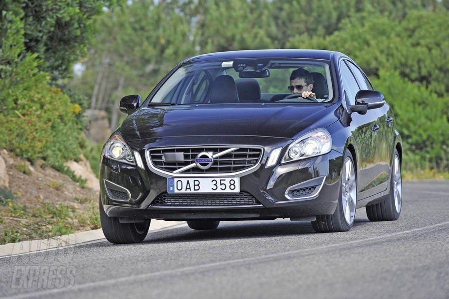 volvo v60 review and photos. Black Bedroom Furniture Sets. Home Design Ideas