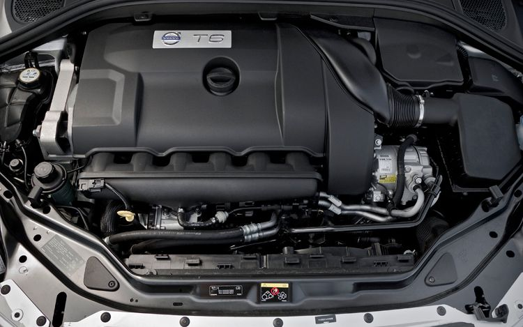 VOLVO XC 60 engine
