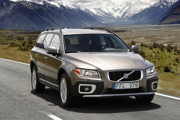 VOLVO XC 70 engine