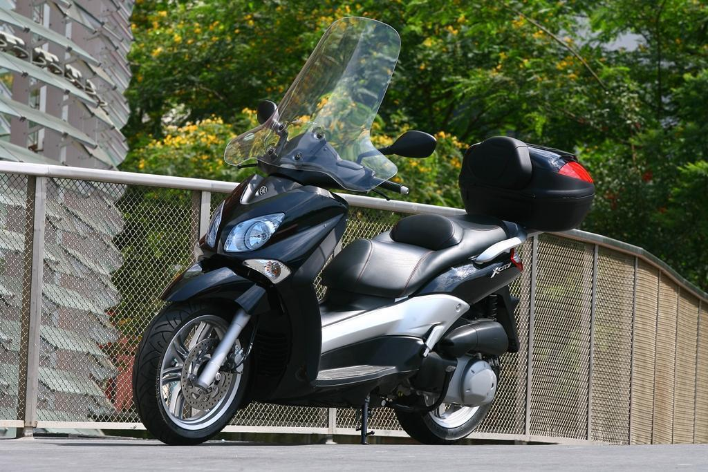 YAMAHA 125 X-CITY black