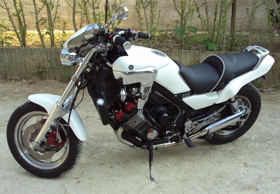 YAMAHA 750 FZX