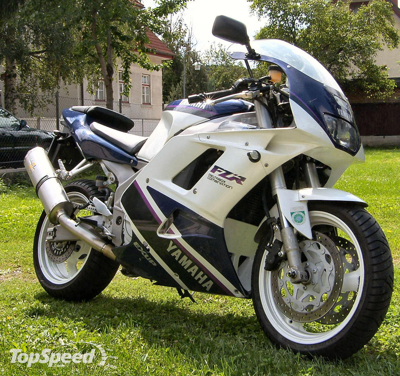 yamaha fzr1000 review and photos