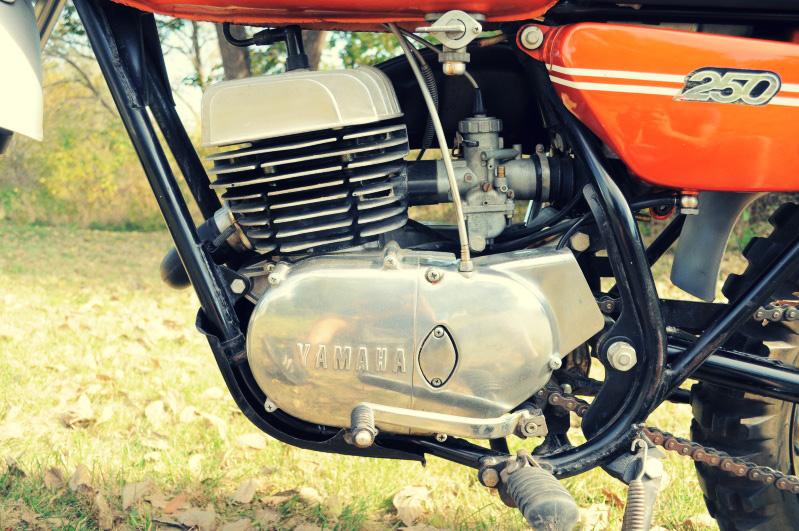 YAMAHA MX engine