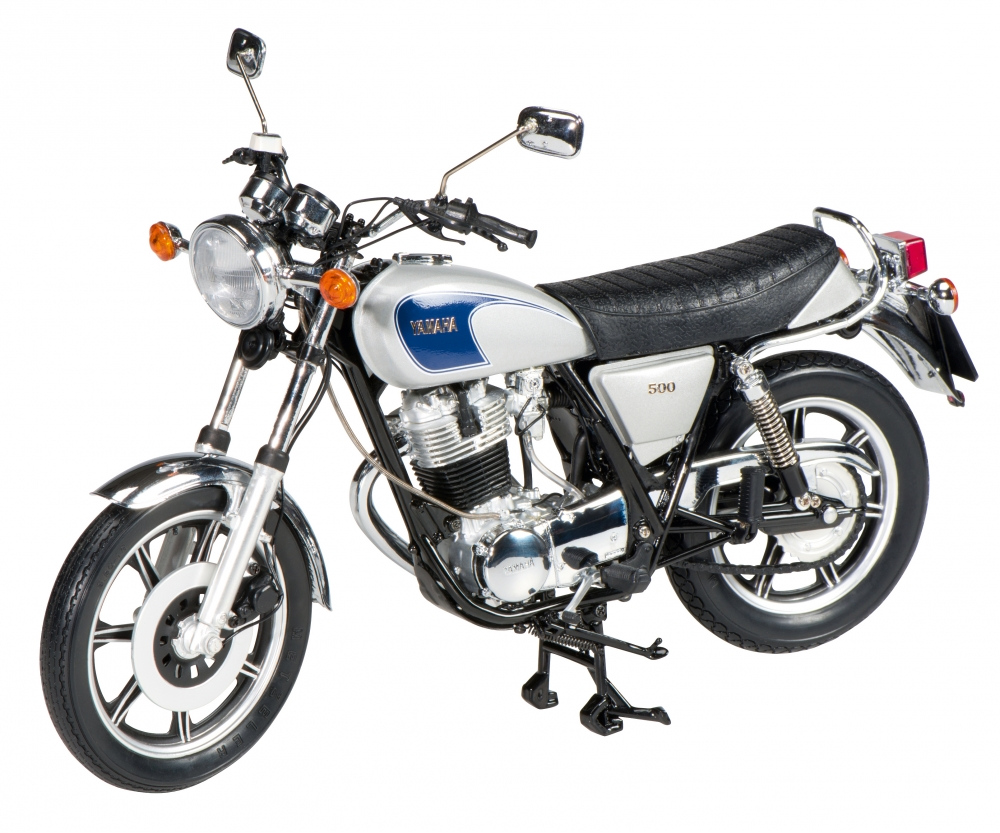 YAMAHA SR 500 blue