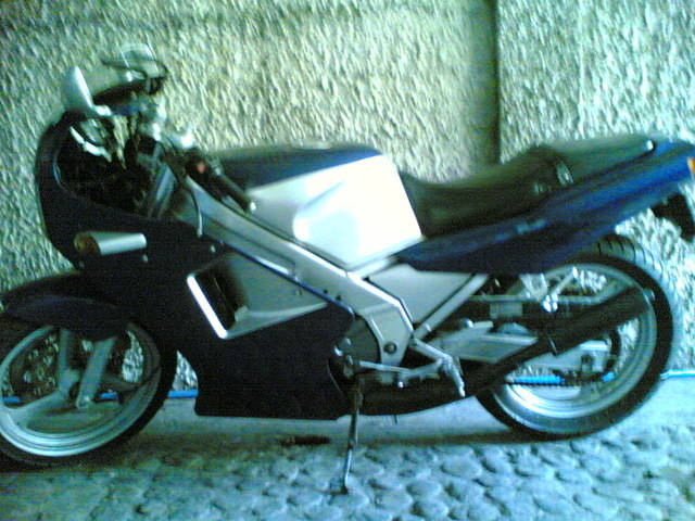 YAMAHA TZR 250 blue