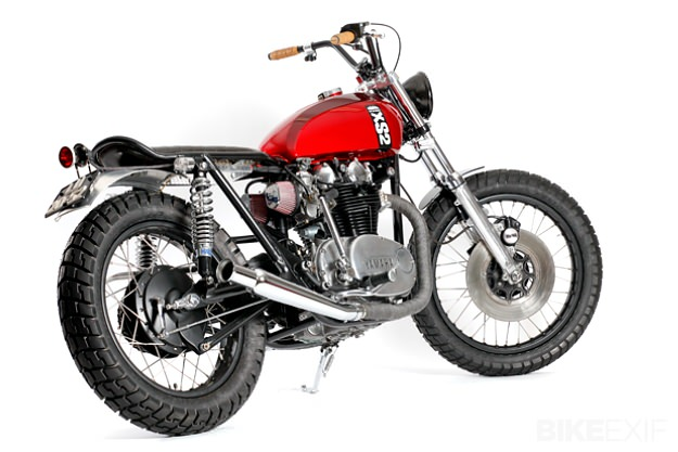 YAMAHA XS 650 CUSTOM red
