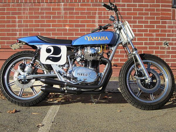 YAMAHA XS 650 blue