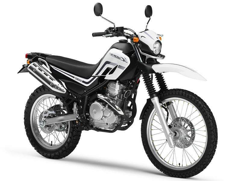 YAMAHA XT 250 brown