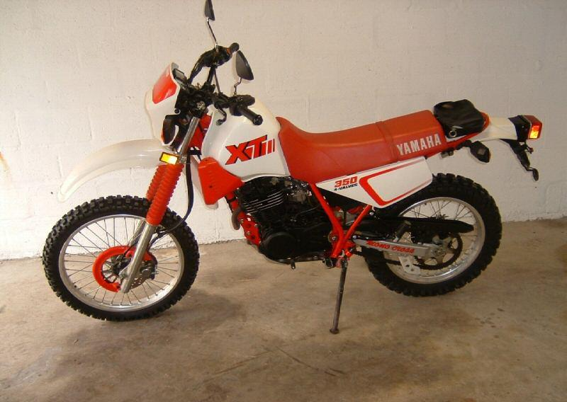 YAMAHA XT 350 brown